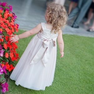 Dresses - 2T Flower Girl Dress